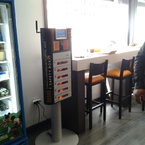 iolebox phone charging kiosk
