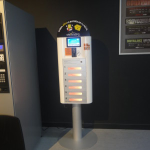 mobile charging kiosk iolebox